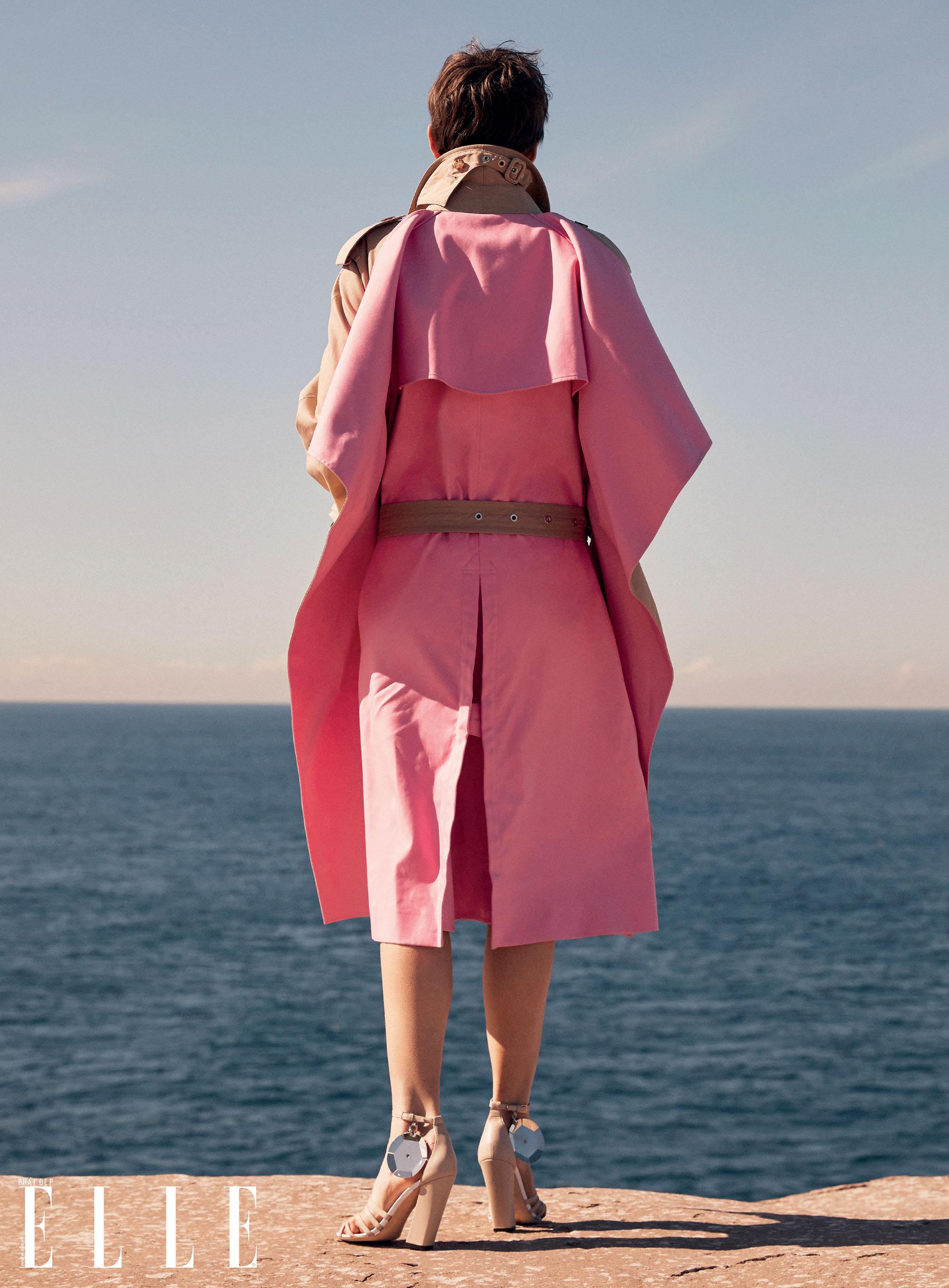 bộ ảnh thời trang Hè 2020 đầm hồng chiết eo