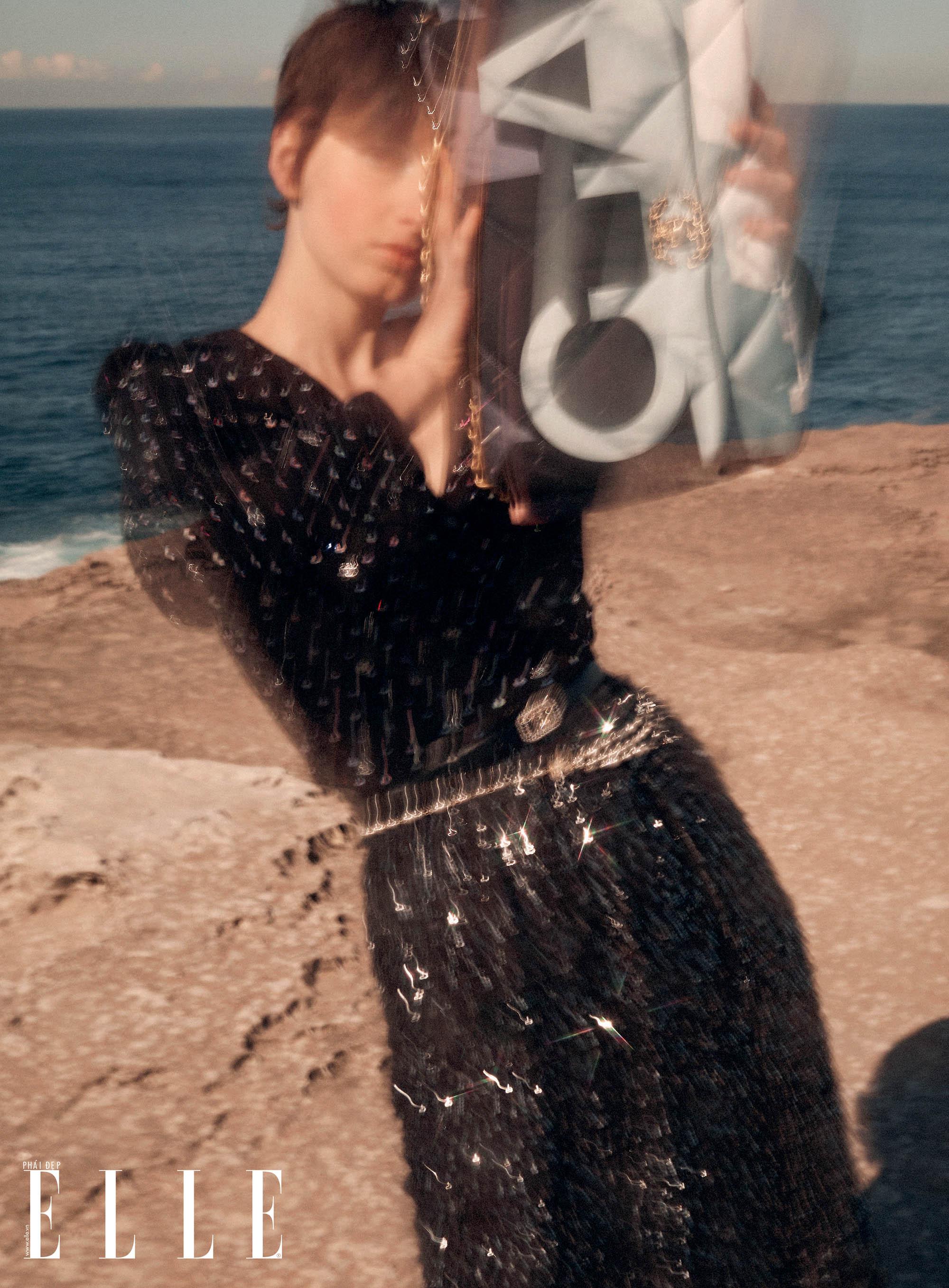 bộ ảnh thời trang Hè 2020 đầm suông đen đính đá