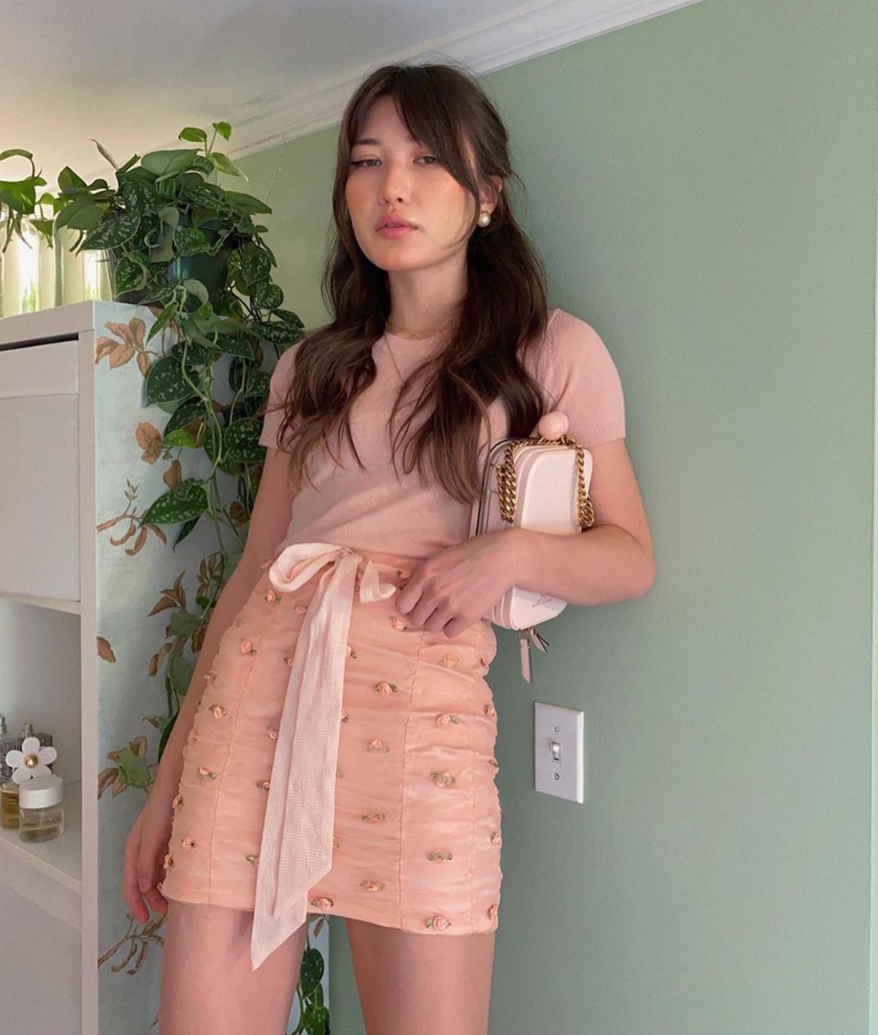 Ashley aka bestdressed mặc all pink