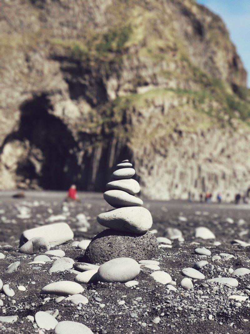 hòn đá thăng bằng
