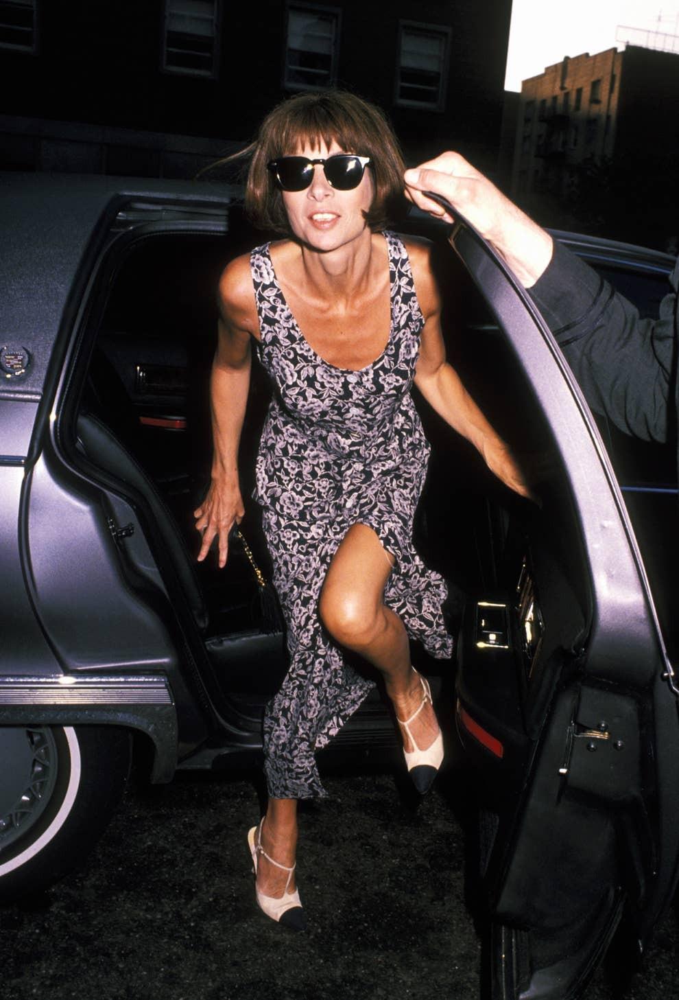 những câu nói hay của anna wintour kính mát váy xẻ tà 1993