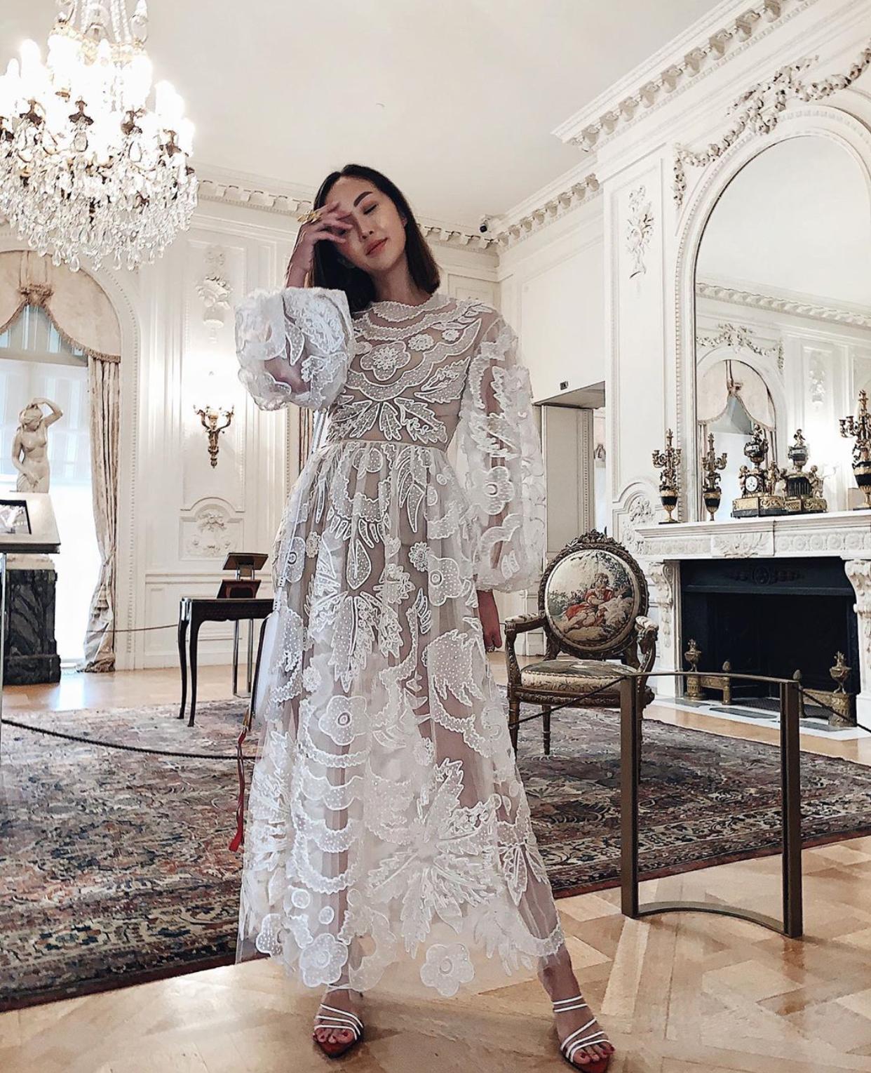 Chriselle Lim mặc đầm ren
