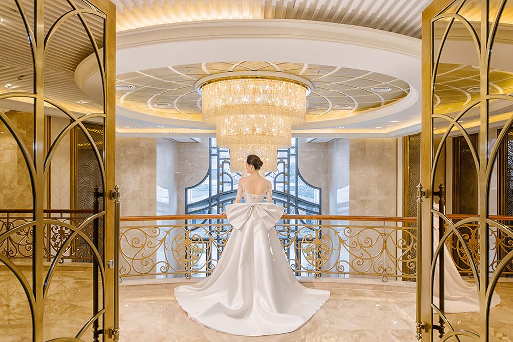 bst váy cưới im yours asiana plaza lưng thắt nơ váy ống