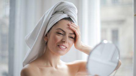 5 công thức mặt nạ tự làm giúp da mềm mại và sáng mịn