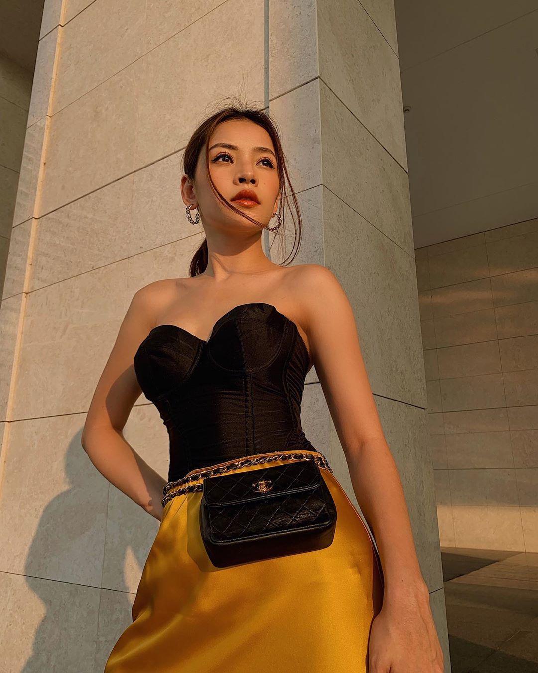 túi bao tử phong cách retro 90s vintage áo ống chân váy lụa vàng chipupu corset