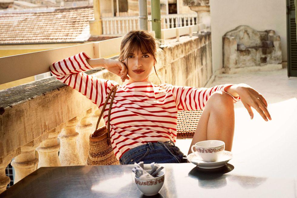 áo thun kẻ sọc áo breton đỏ quần shorts jean jeanne damas