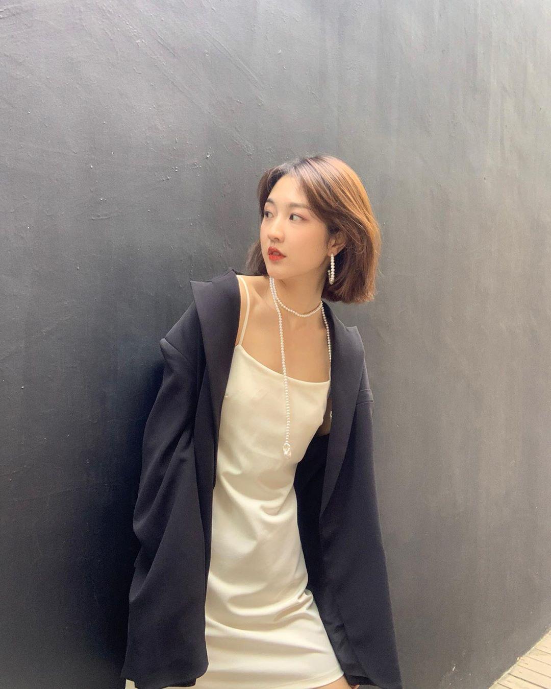 phụ kiện dây chuyền bông tai ngọc trai phong cách soft aesthetic