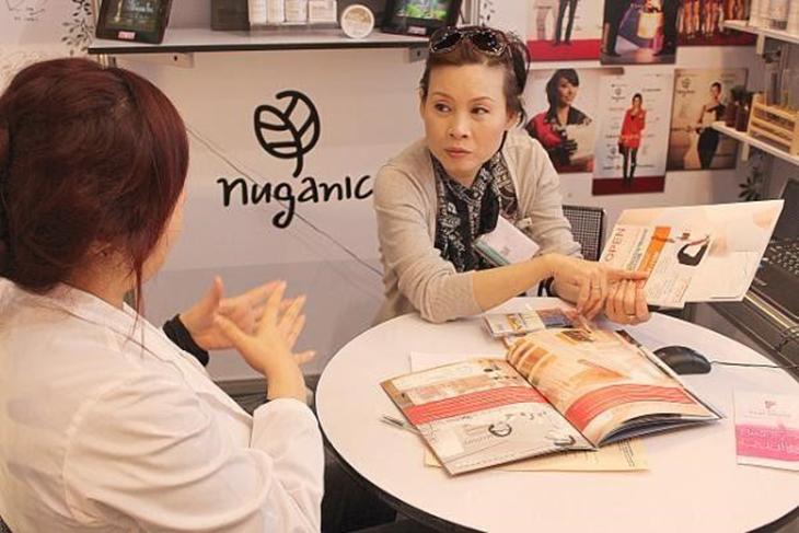 Chuyên gia Nuganic tư vấn cho khách hàng