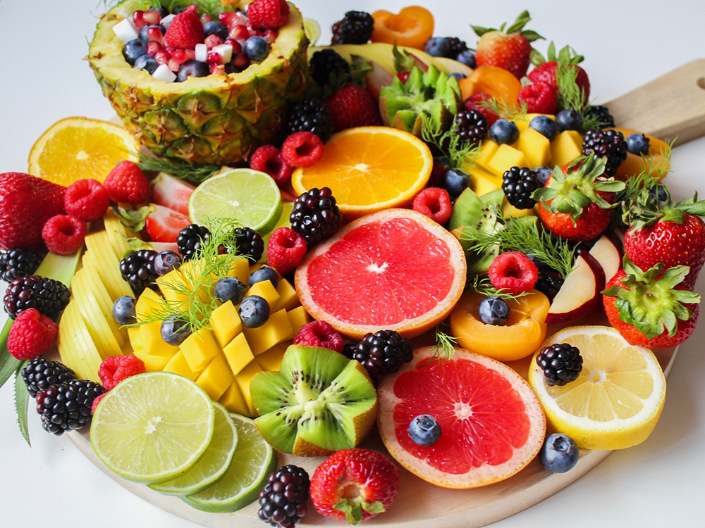 nhiều trái cây