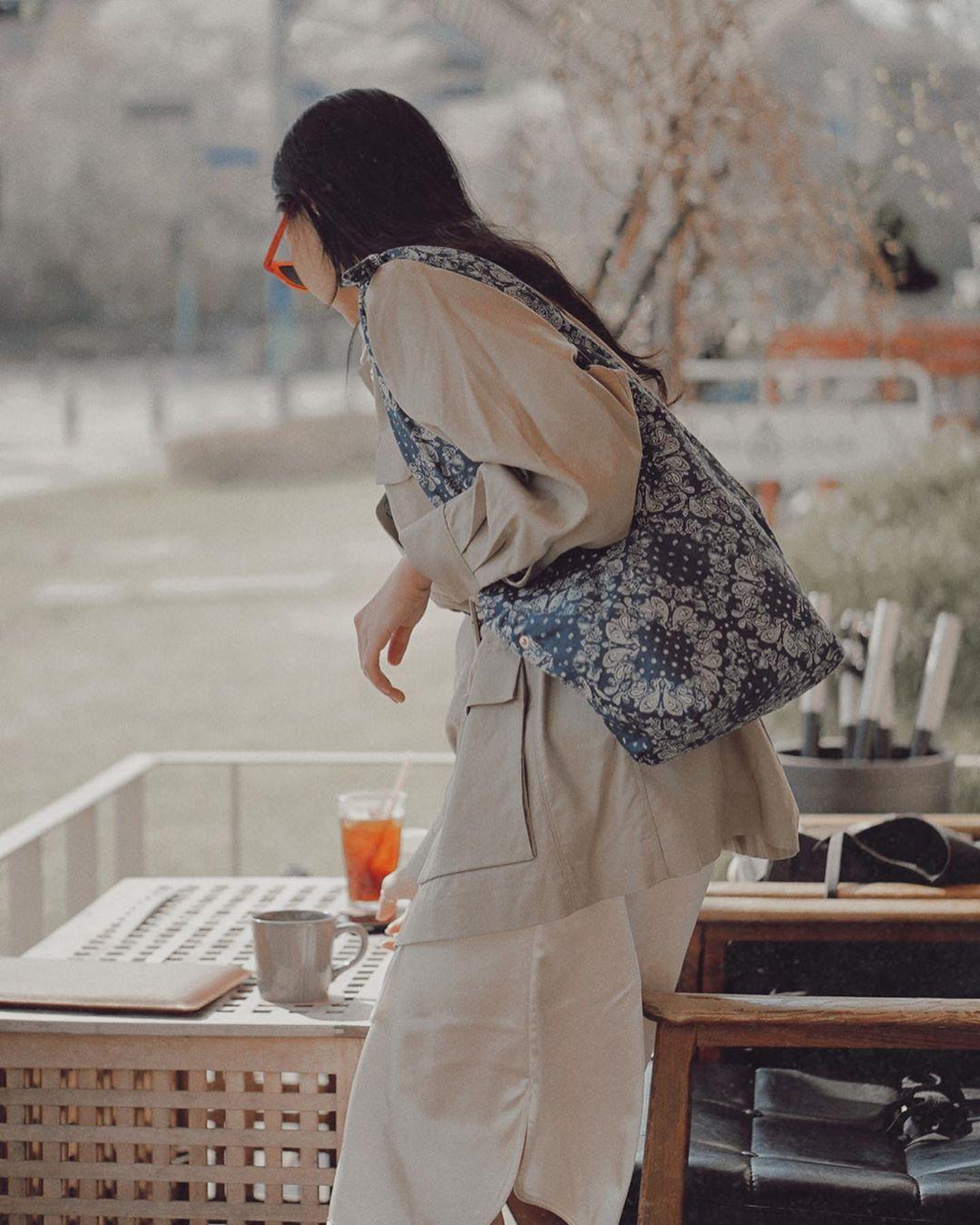 túi tote canvas màu xanh họa tiết hoa hướng dương