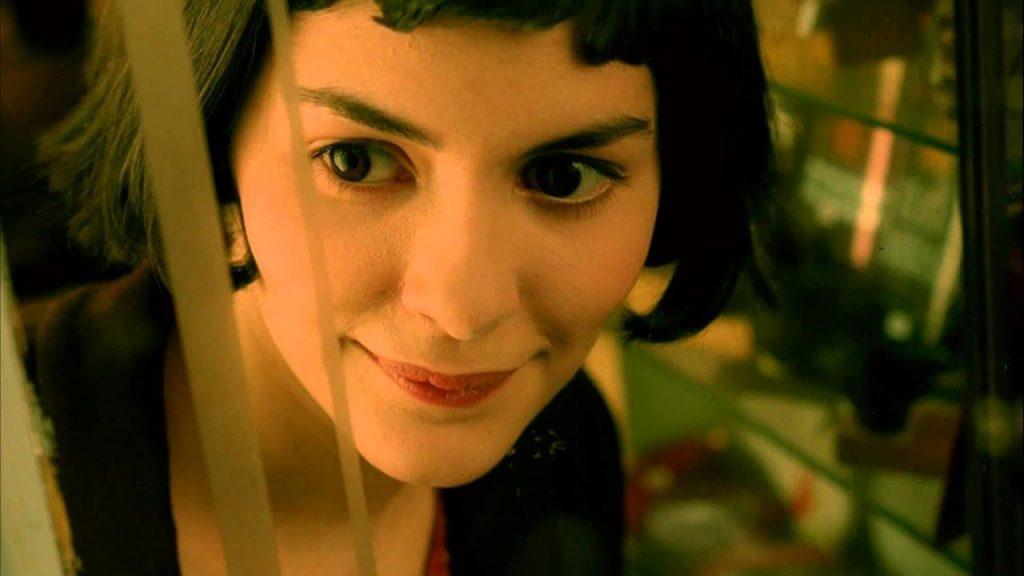 Nữ diễn viên Audrey Tatou với mái tóc French bob trong bộ phim nổi tiếng Amélie.