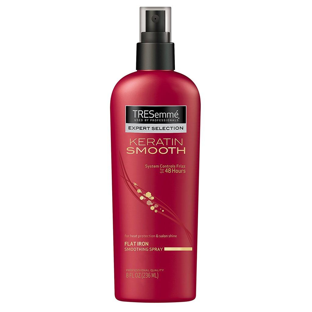 Xịt bảo vệ tóc khỏi nhiệt Tresemmé Keratin Smooth.