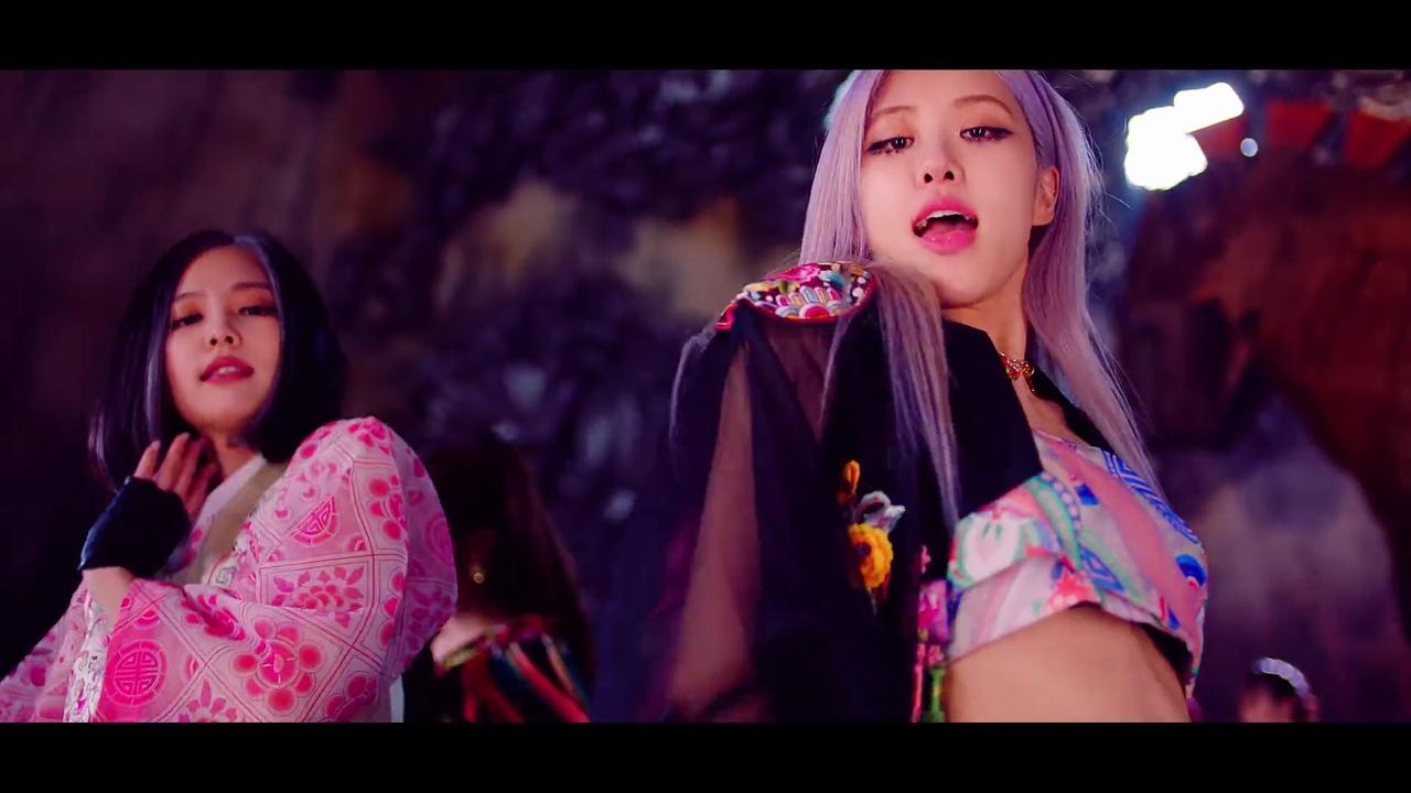 jennie và rosé mặc hanbok cách tân mv how you like that