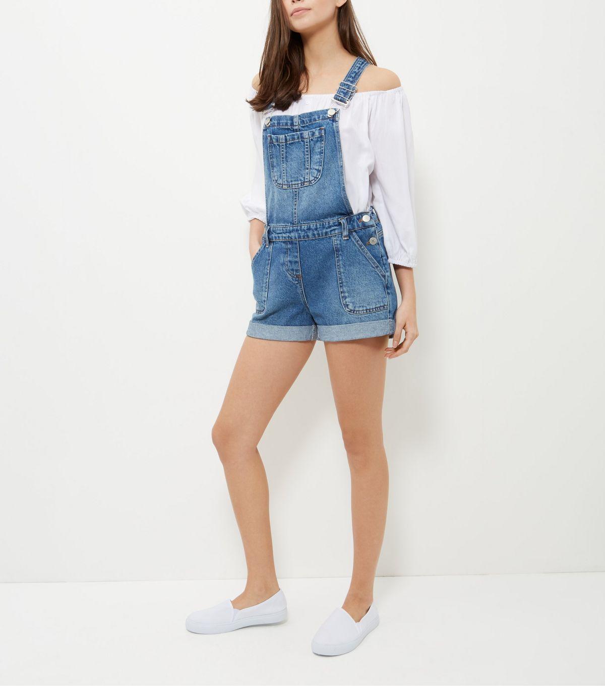 New Look quần yếm và giày lười