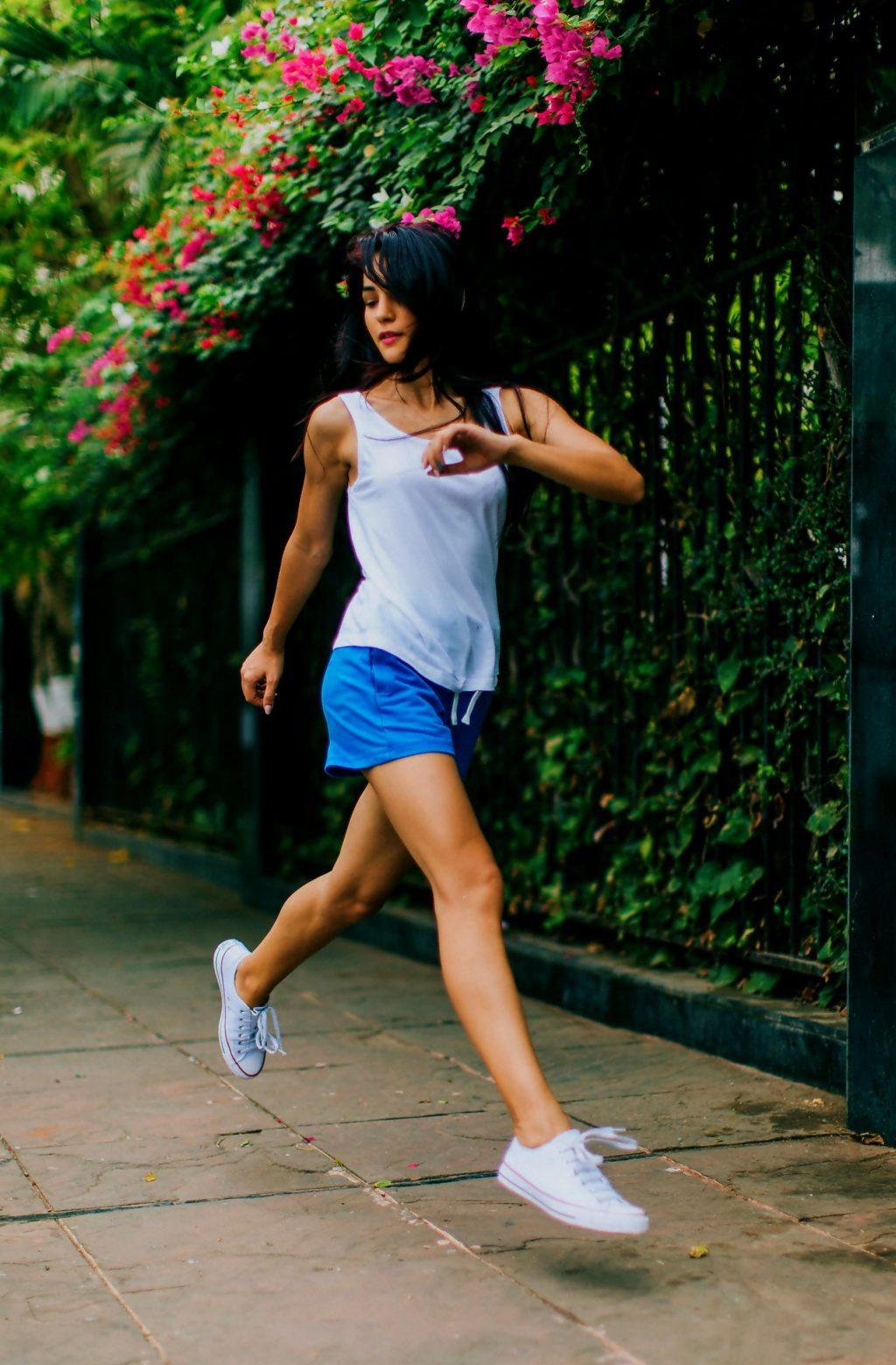 tập thể dục giảm bọng mắt