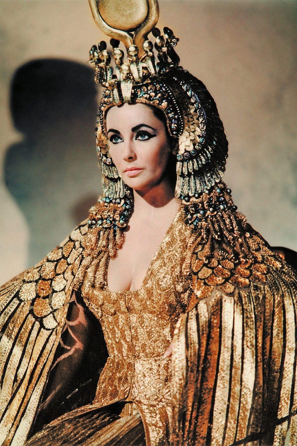 cách trang điểm - cleopatra 1