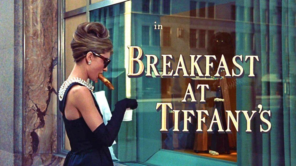 Trang điểm như mỹ nhân phim Breakfast at Tiffany's