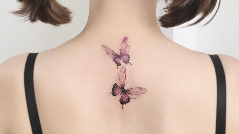 hình xăm đôi bướm sau lưng
