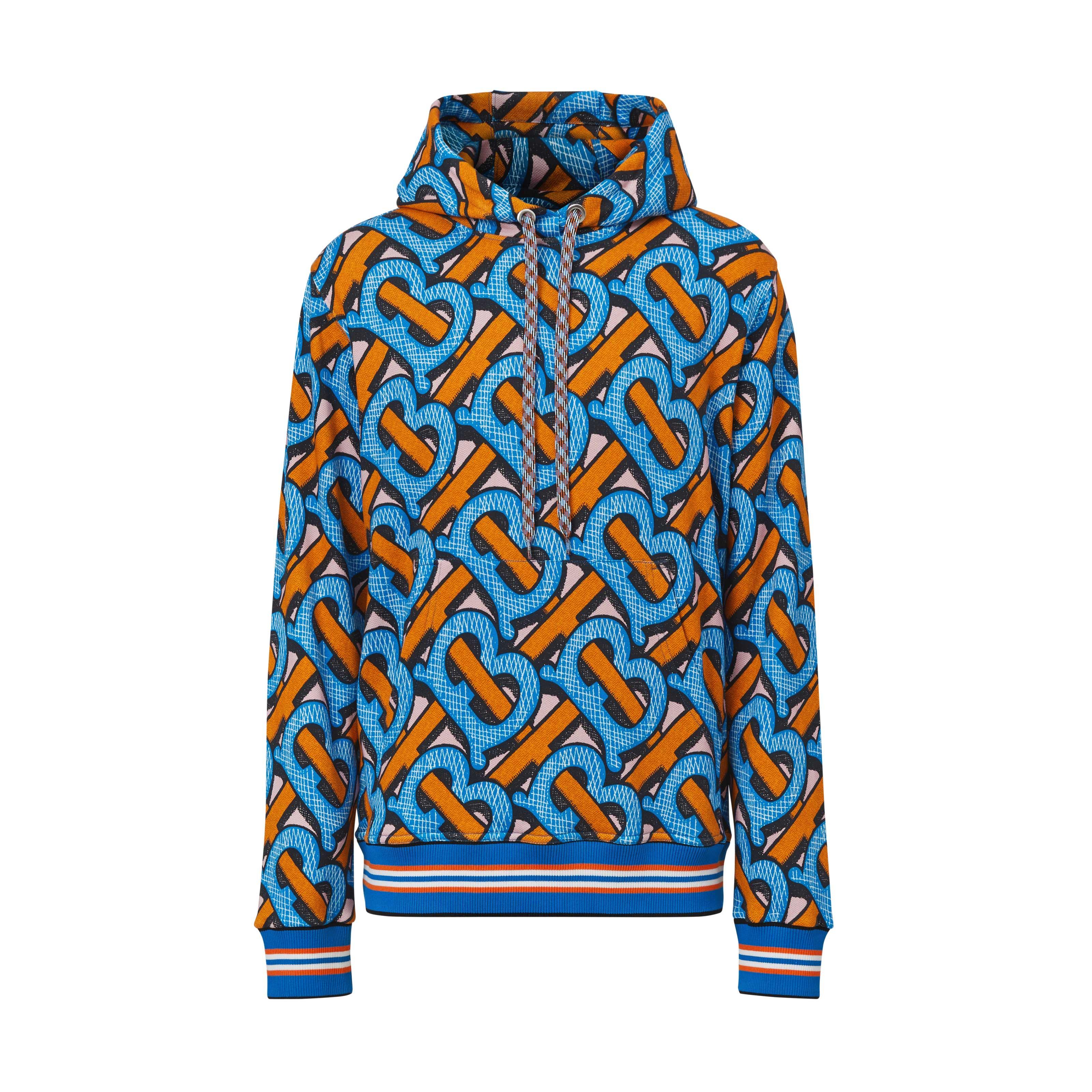Áo hoodie in họa tiết trong BST Burberry TB Summer Monogram