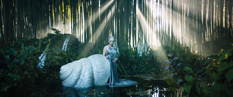 phim ngắn dior haute couture thu đông 2021 cảnh hồ nước