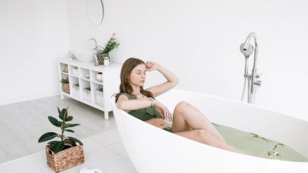 Dưỡng da và thư giãn cơ thể cùng bath bomb