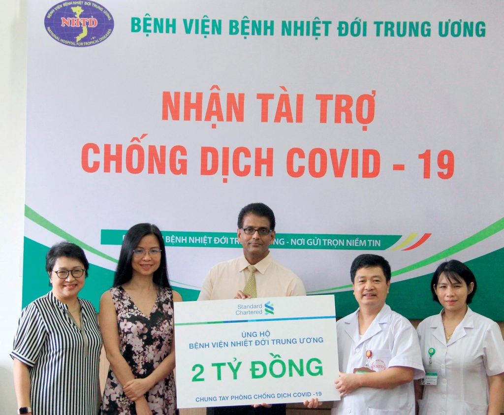 Standard Chartered chống dịch COVID19