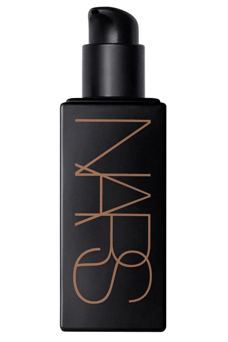 sử dụng Nars Laguna Liquid Bronzer là cách làm mặt nhỏ