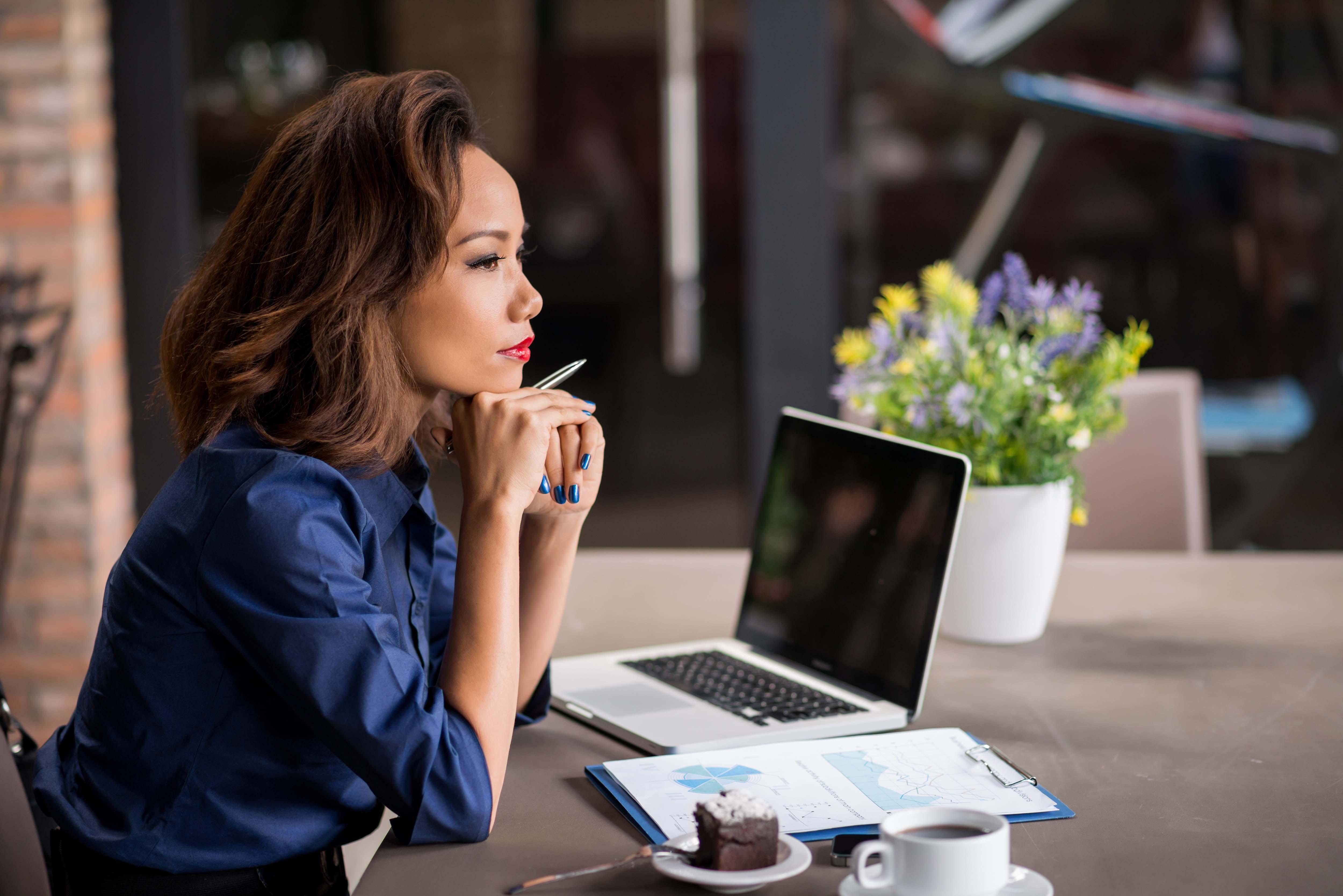 phụ nữ học quản lý tài chính