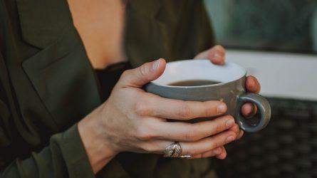 Cách biết sức khoẻ của bản thân thông qua tình trạng móng tay