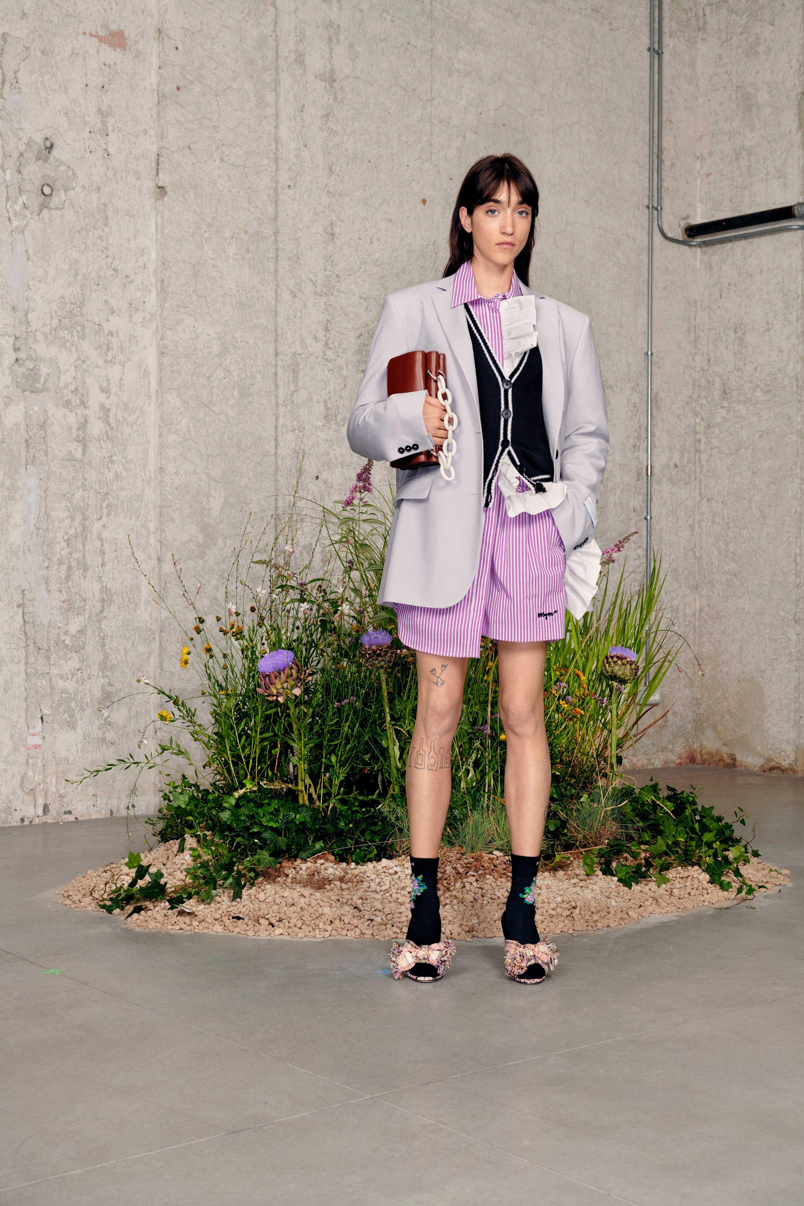 trang phục menswear màu pastel tím lilac - MSGM resort 2021