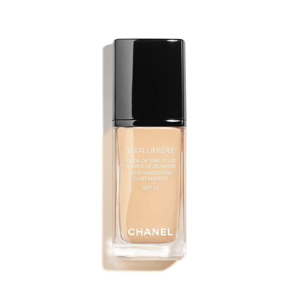 kem nền Chanel Vitalumiere Moisture Rich Radiance Sunscreen Fluid Makeup SPF 15.