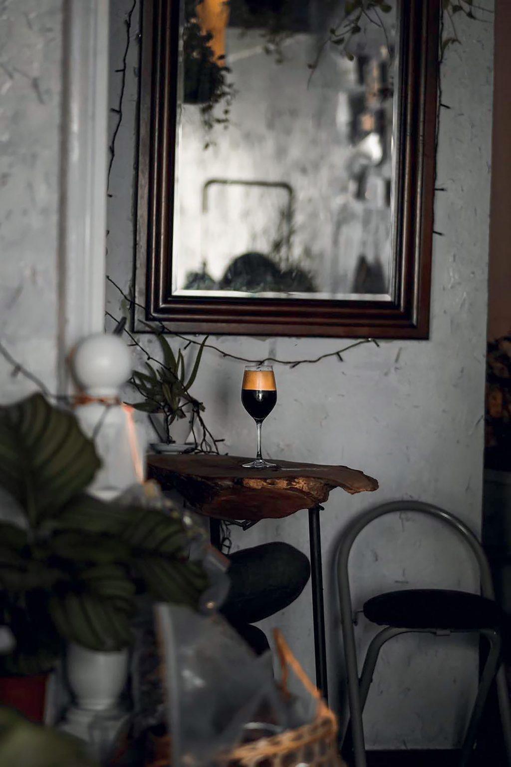 địa điểm cà phê phong cách retro