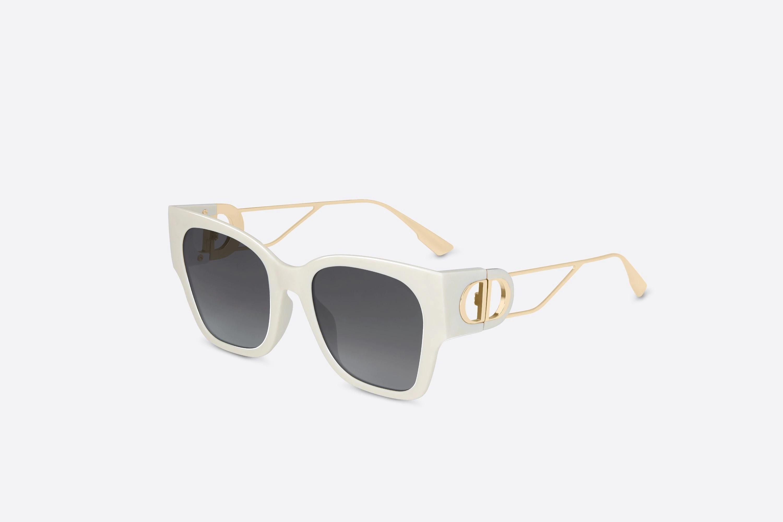 Mắt kính gọng trắng Dior
