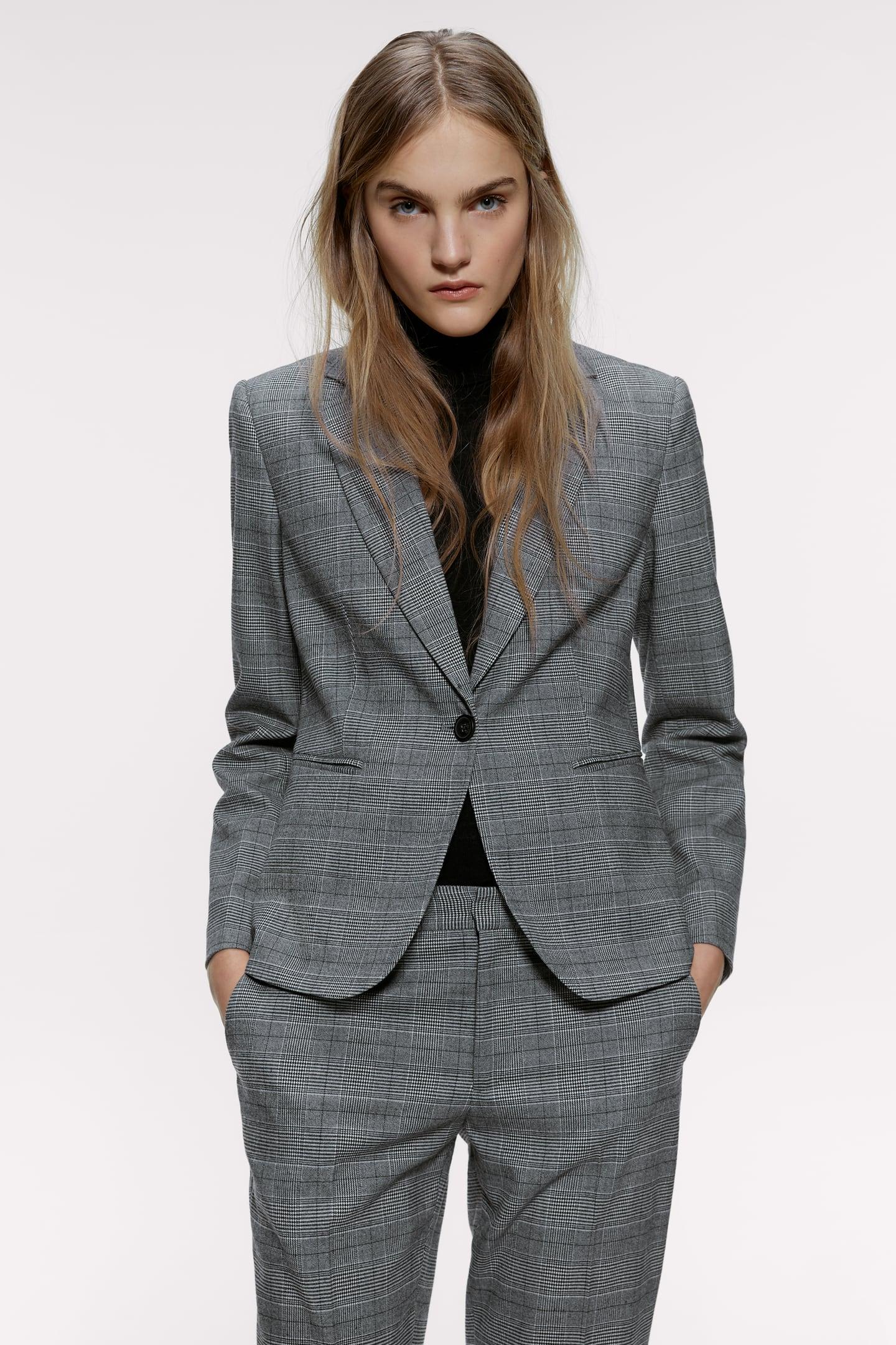 người mẫu zara mặc bộ suit kẻ ô glen trắng đen