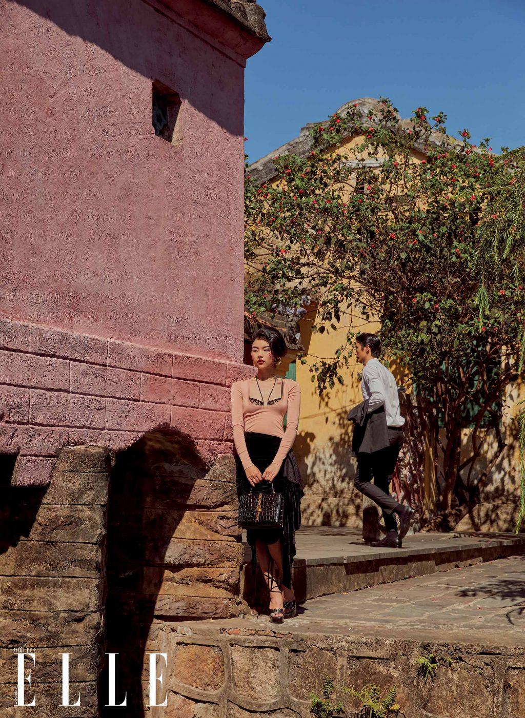 bộ ảnh thời trang chụp ngoại cảnh trang phục Gucci