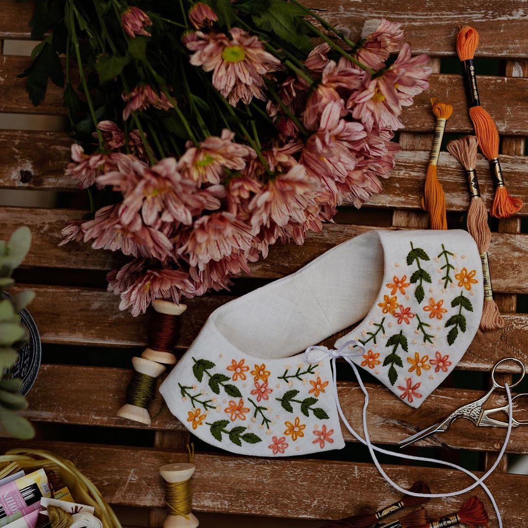 Cổ áo rời thêu hoa phong cách thời trang Cottagecore