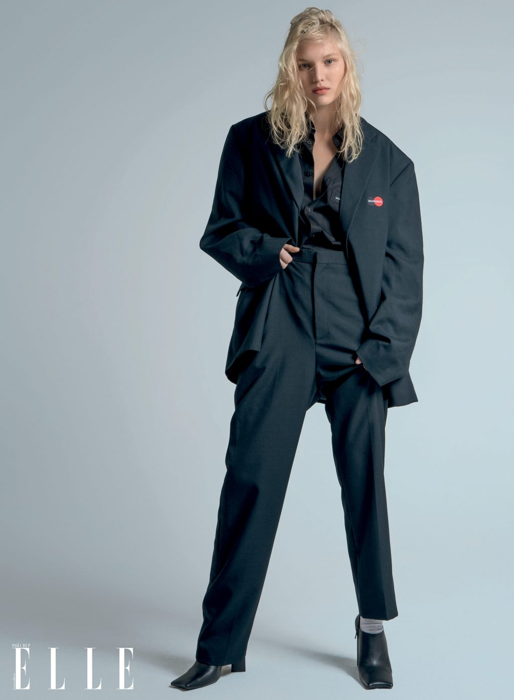 trang phục Balenciaga phong cách thời trang menswear