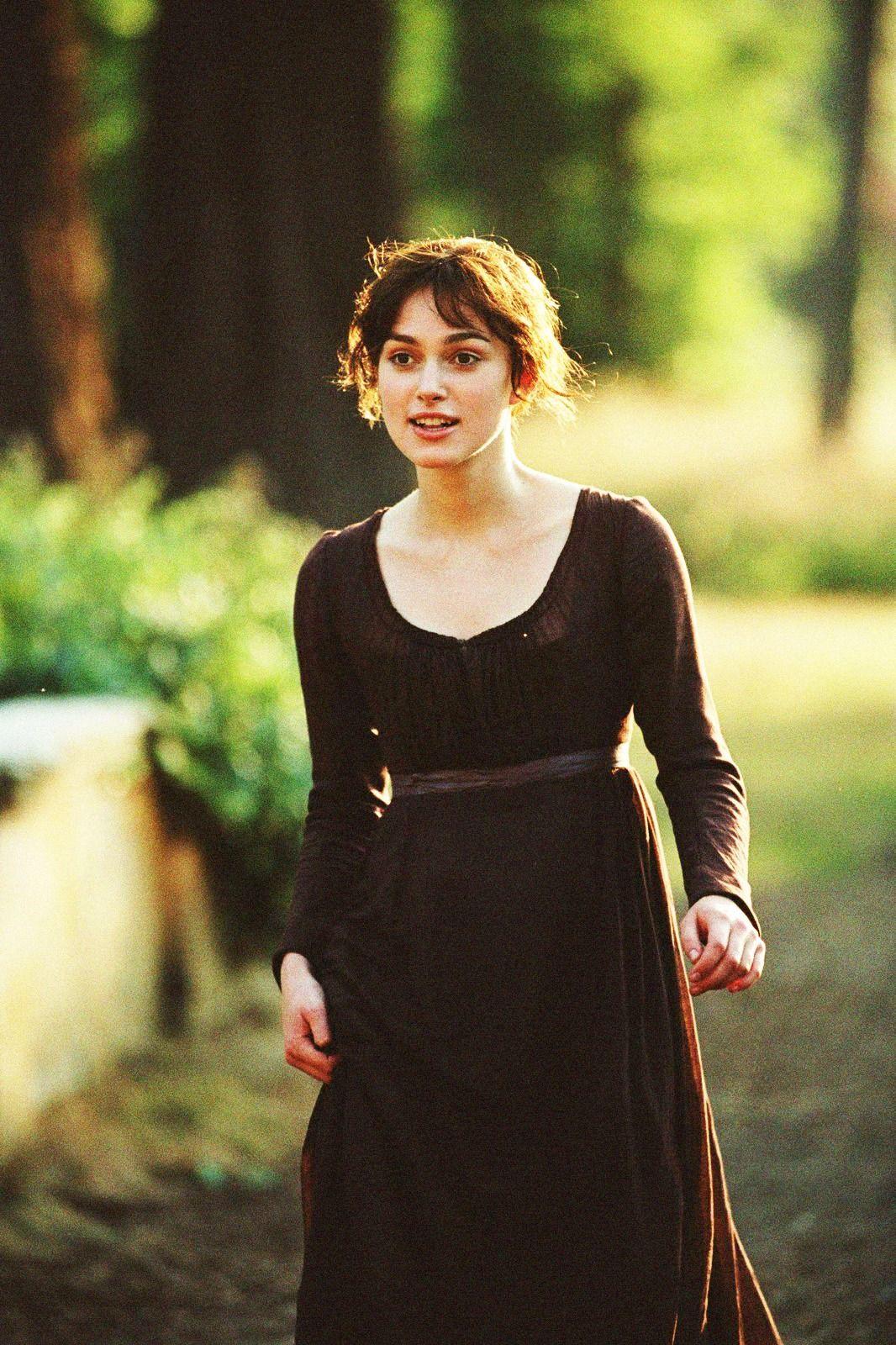 Keira Knightley mặc váy nâu Cottagecore