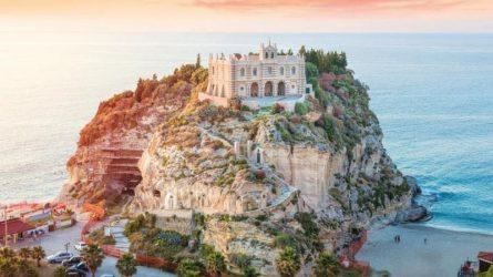 Lạc vào thế giới cổ tích với 17 điểm đến thần tiên ở châu Âu