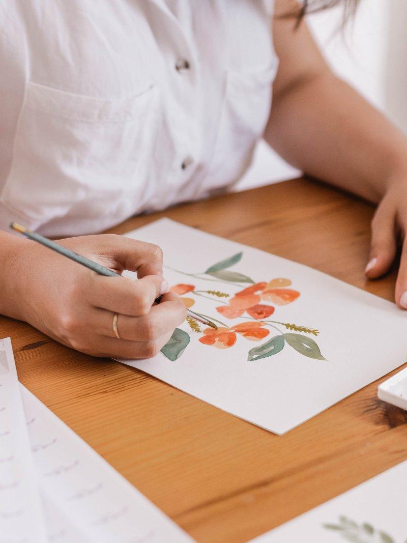 cô gái vẽ tranh