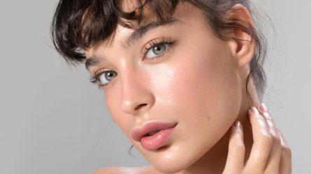 7 loại mặt nạ giúp bạn sở hữu bờ môi mềm như cánh hồng nhung