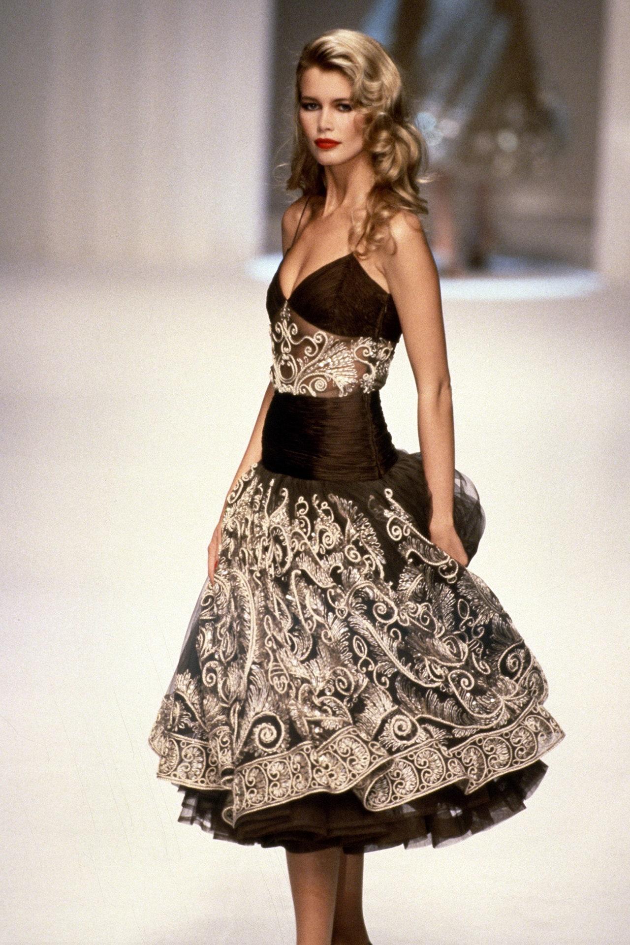 Những câu nói hay của Claudia Schiffer (runway Valentino)