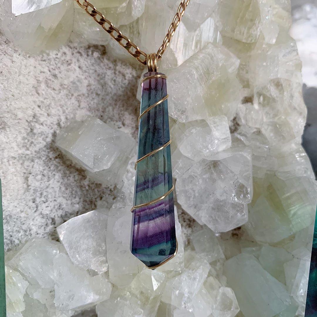 Chọn trang sức rainbow fluorite theo cung hoàng đạo song ngư