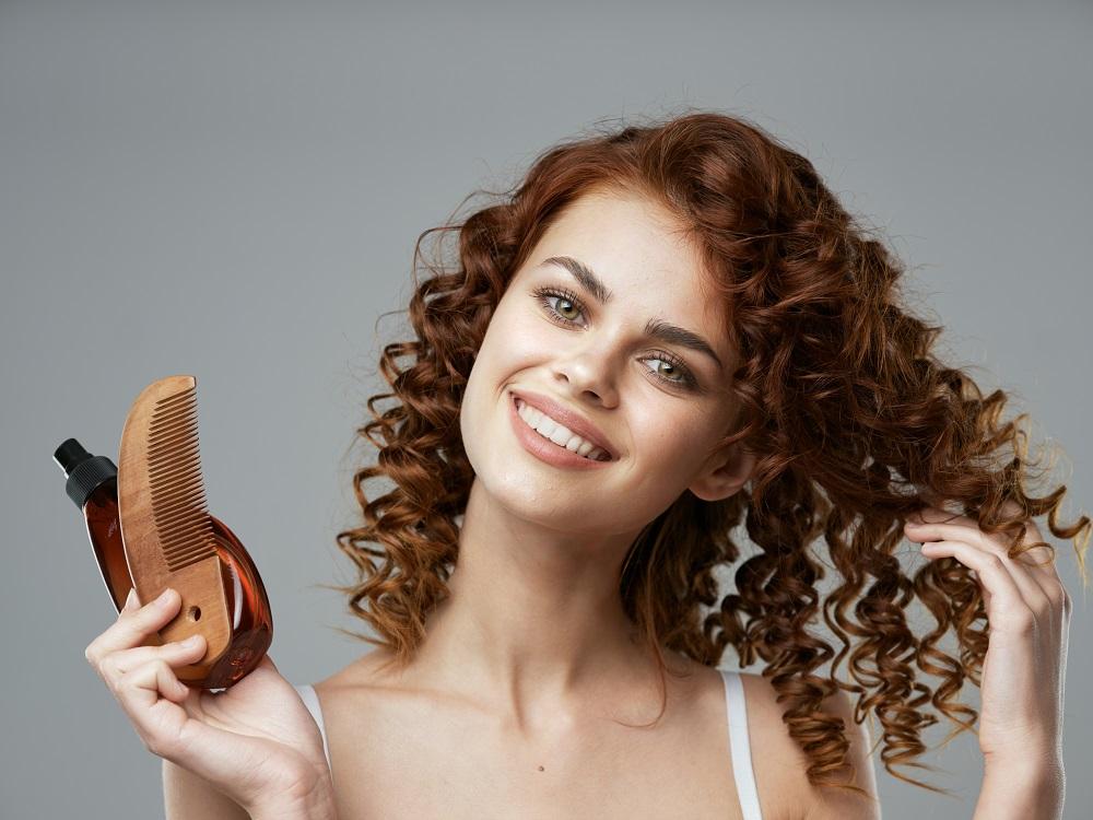 Xác định nguyên nhân khiến tóc bạn khô xơ