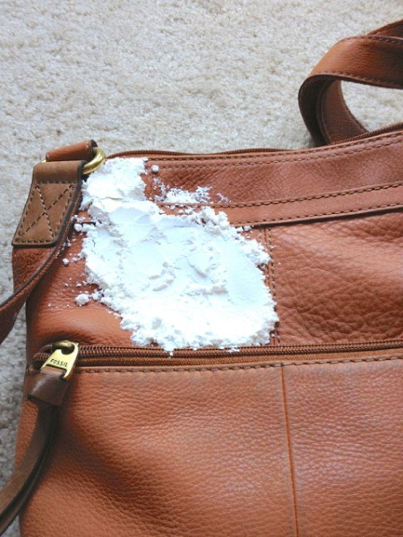 Bảo quản đồ da túi nâu có bột baking soda