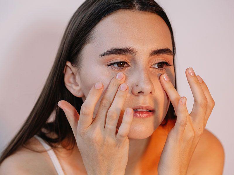 Đa dưỡng ẩm vùng da có nếp nhăn