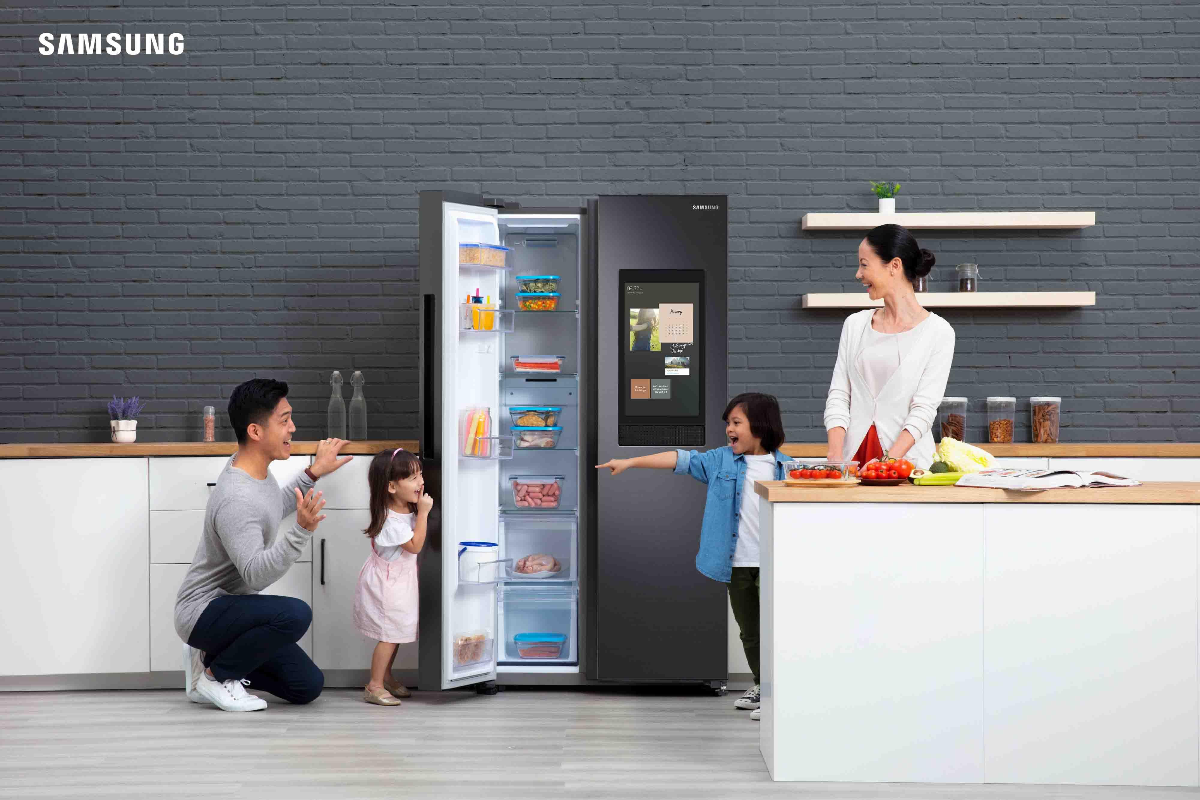 gia đình tủ lạnh samsung
