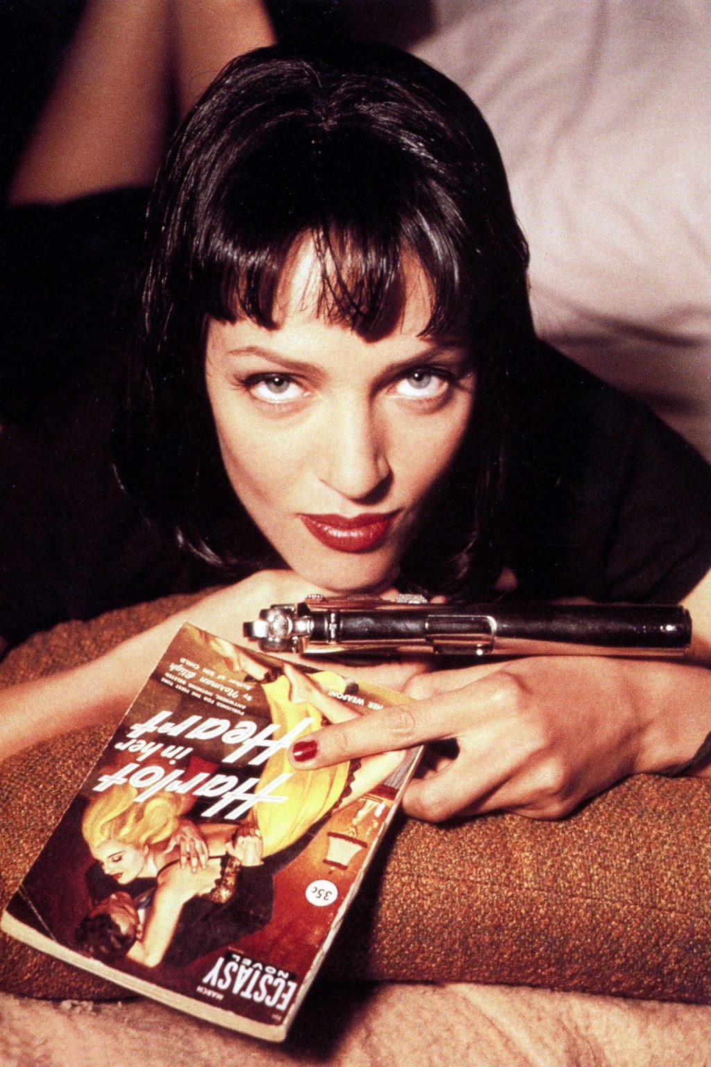 màu móng tay đỏ của Uma Thurman trong Pulp Fiction