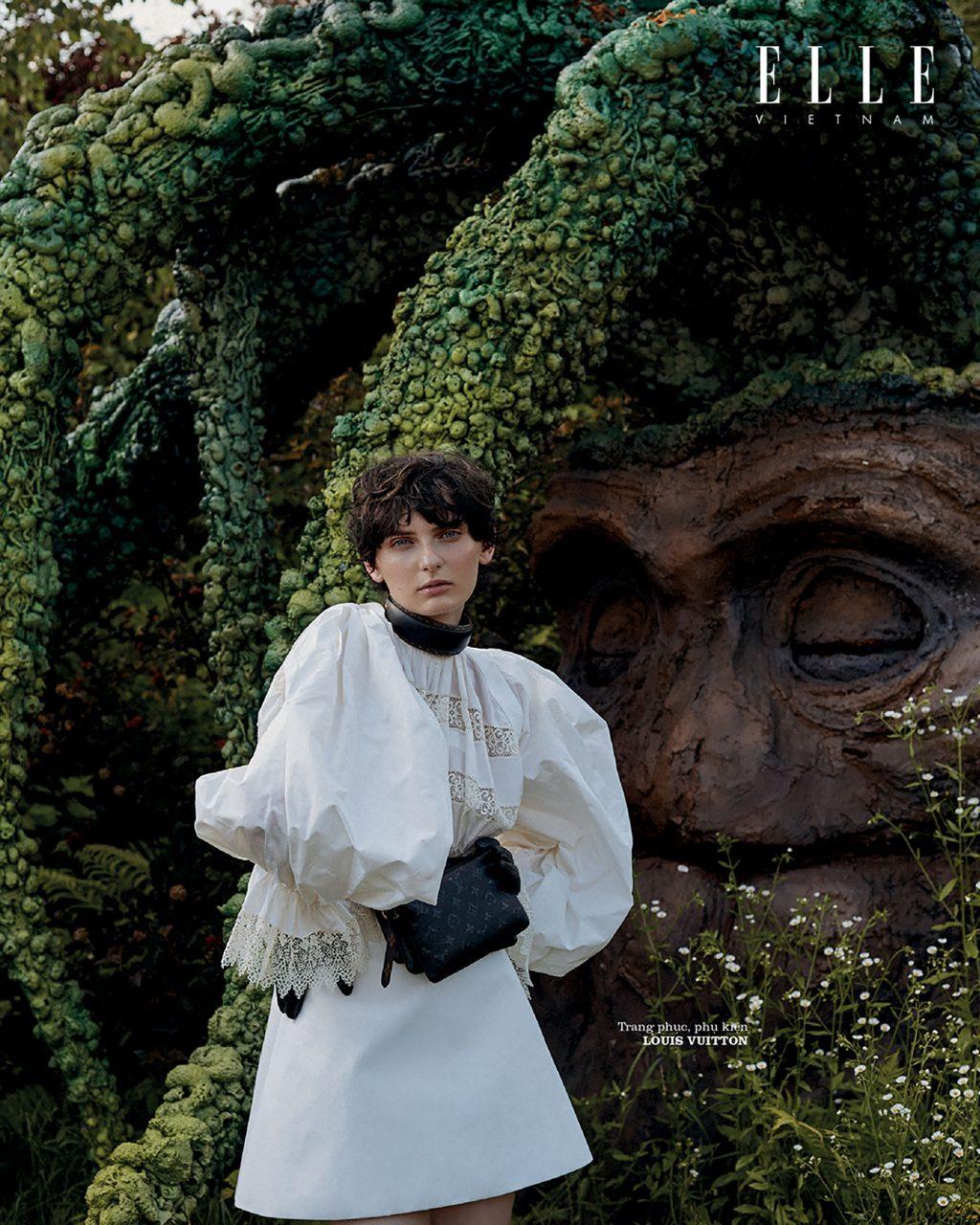 bộ ảnh thời trang wonderland trang phục Louis Vuitton
