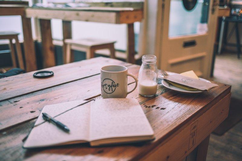 chữa lành - viết nhật ký